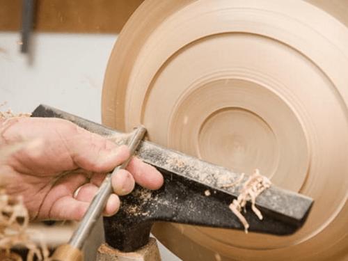 tornear plato de madera